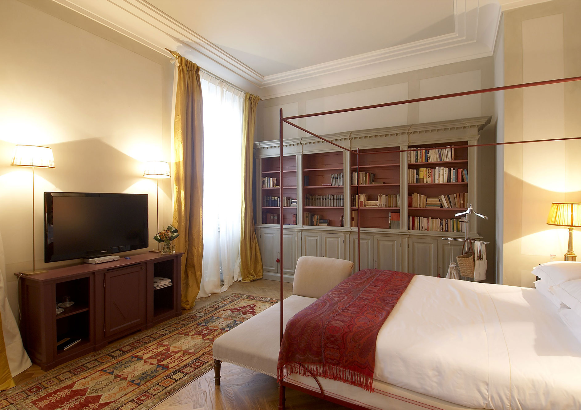 luxury hotel in florence - suite