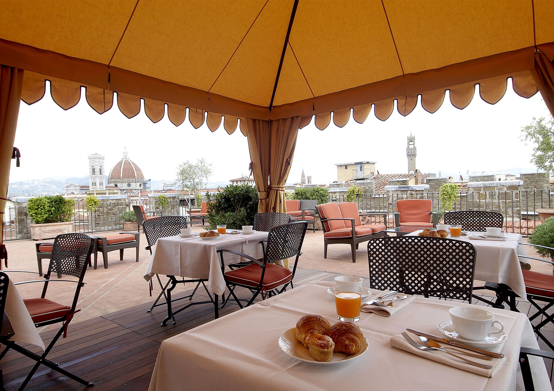 luxury hotel in florence - the terrace