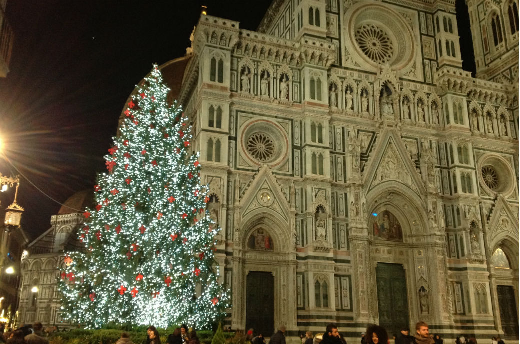 Christmas trees' Tour in Florence